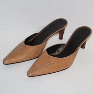 Cole Haan Country Women size 8.5 B